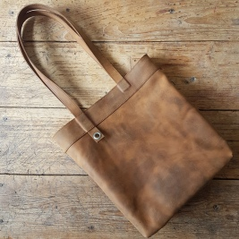 brown-leather-shoulder-bag-2