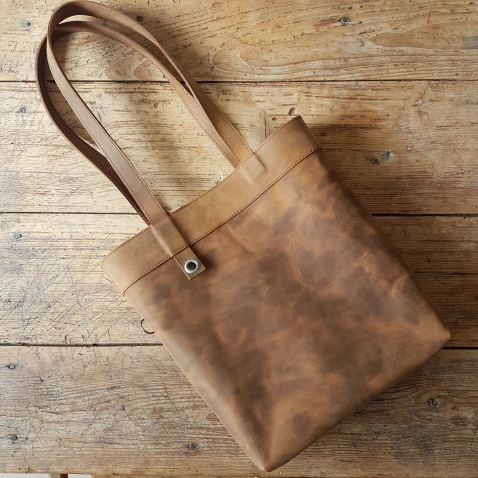 brown-leather-shoulder-bag