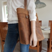 brown-leather-tote-bag