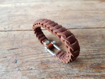 leather-bracelet-brown-1d