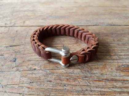 leather-bracelet-brown-2d