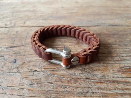 leather-bracelet-brown-2d