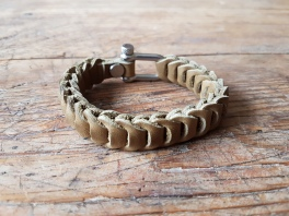leather-bracelet-green-4