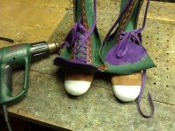 Shoes#1 with nose reinforcement