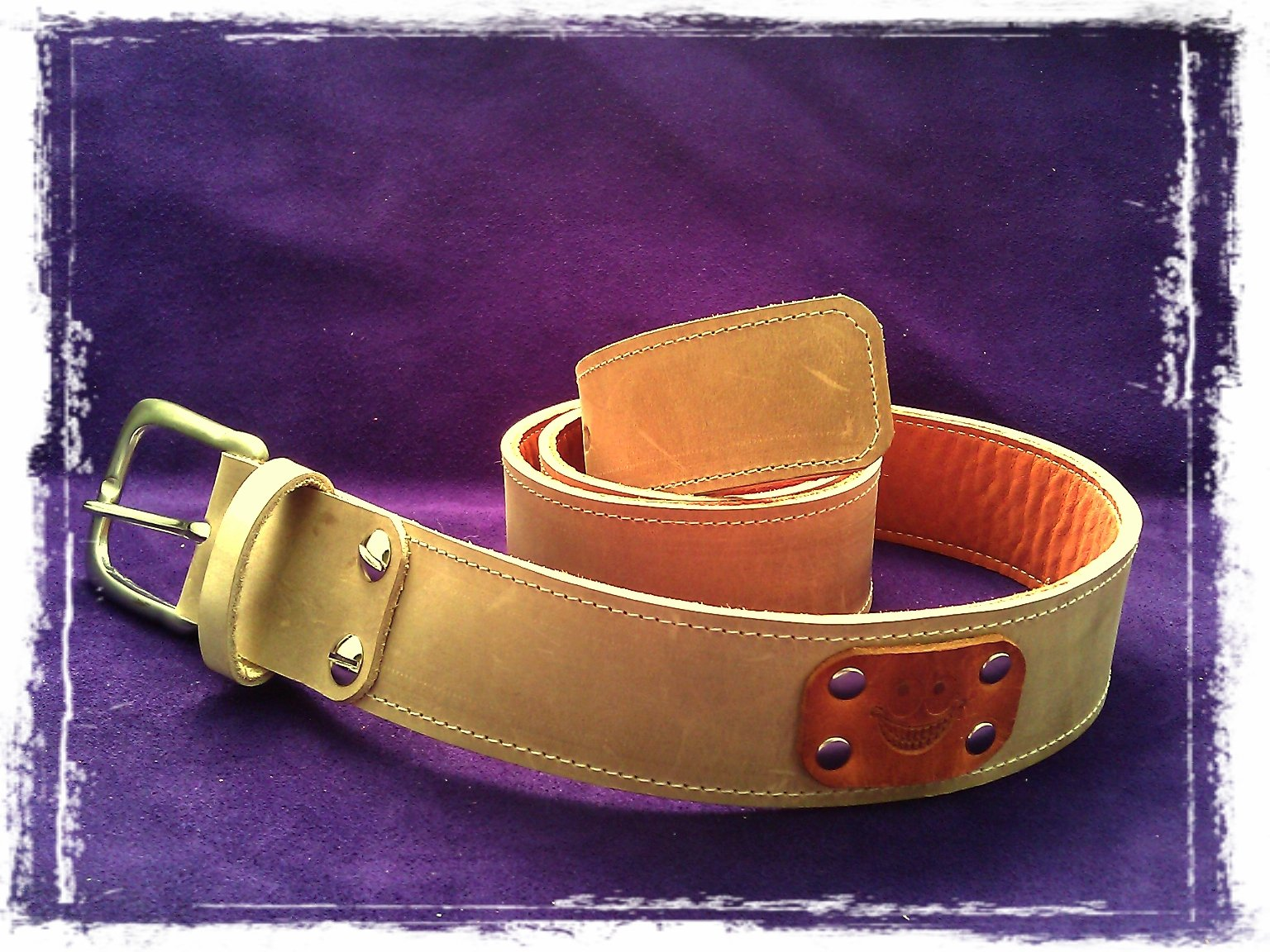 handmade leather belt you can wear in 2 colors thecrazysmile