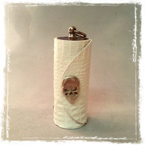 TheCrazyTube Large w Skull