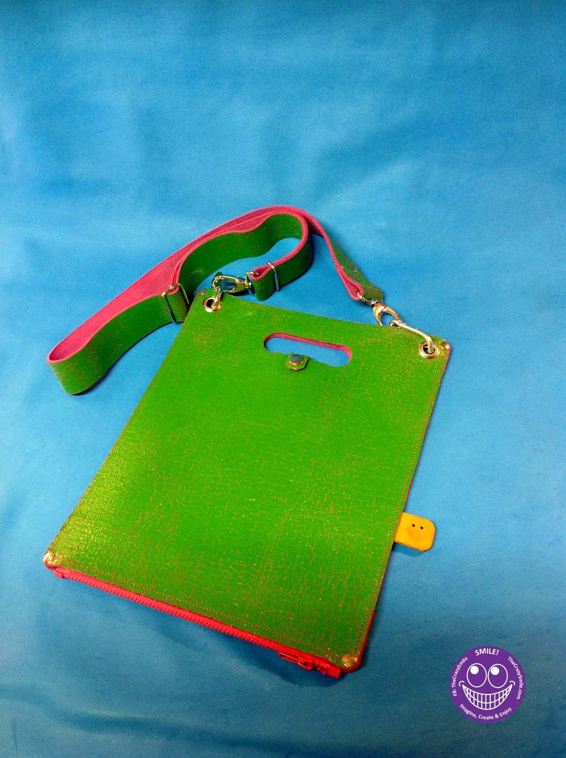 Leater Plastic Bag Disco zipper closed
