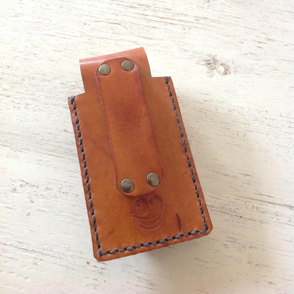 Leather Leatherman case back