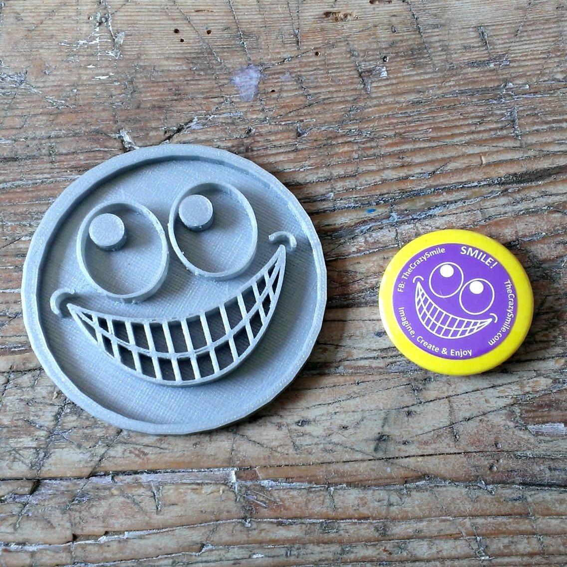 TheCrazySmile button and 3D printed