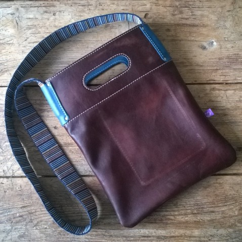 casual shoulder bag unisex