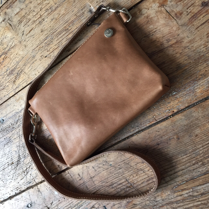 Small leather bag 2