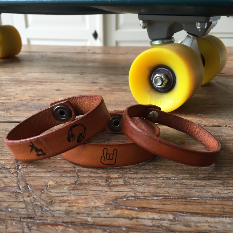 Bracelets Skate