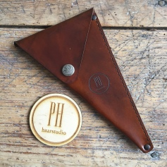 Leather Scissor sleeve PH