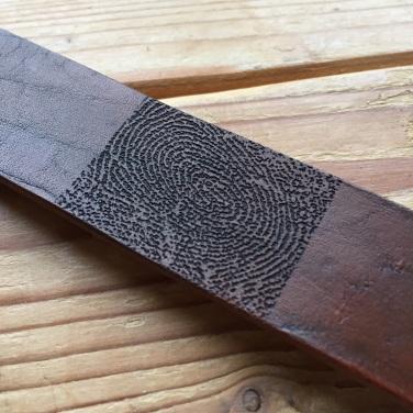 Fingerprint bracelet leather middle