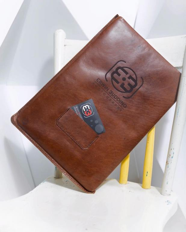 Leather sleeve for Apple laptop
