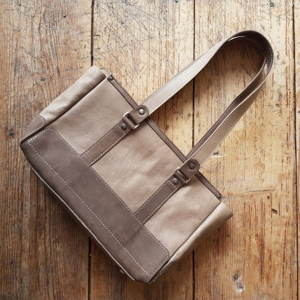 Leather bag sand and brown