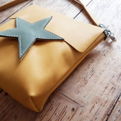 Leather bag yellow with green star